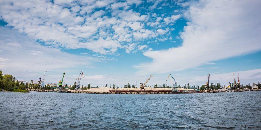 Роснефть начала осеннюю навигацию для завоза грузов на объекты проекта Восток Ойл