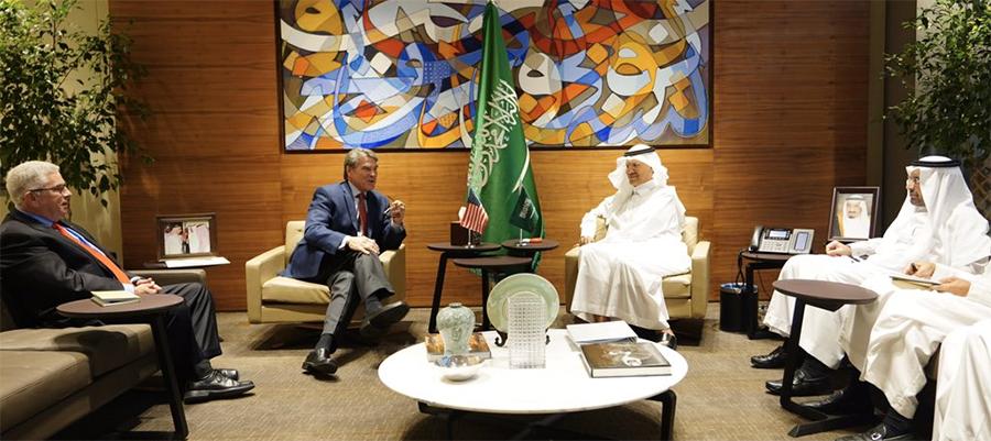 Укрепляя связи. США и Саудовская Аравия будут работать над безопасностью поставок энергоресурсов