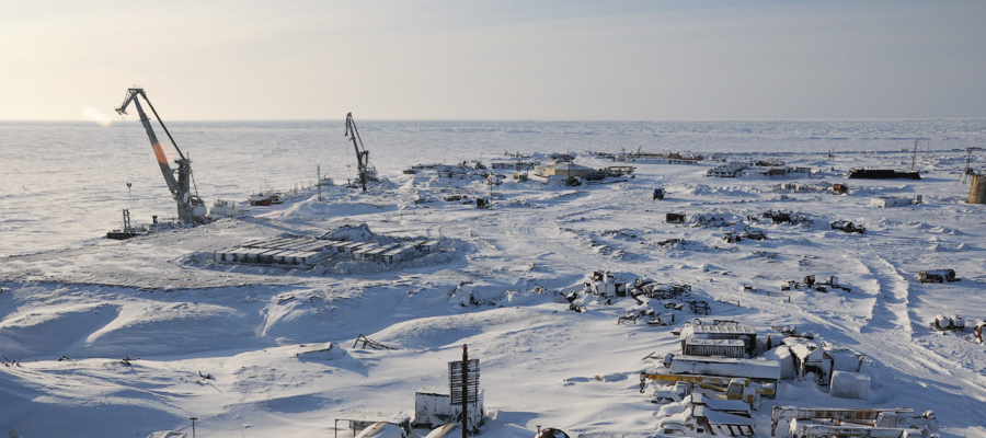 Чтобы не занести заразу: Газпром добыча Надым посадила на карантин вахтовиков в ЯНАО