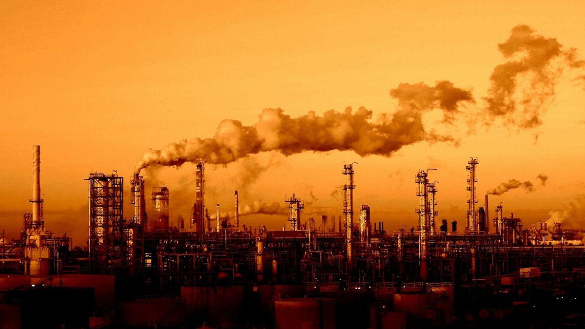 Тренды развития: «сырьевая игла» или инновационная газонефтехимия.