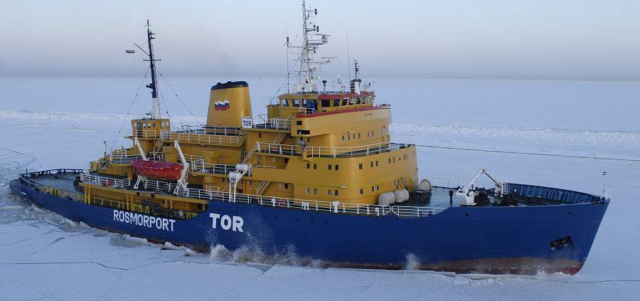 Ледоколы Росморпорта приступают к проводкам судов