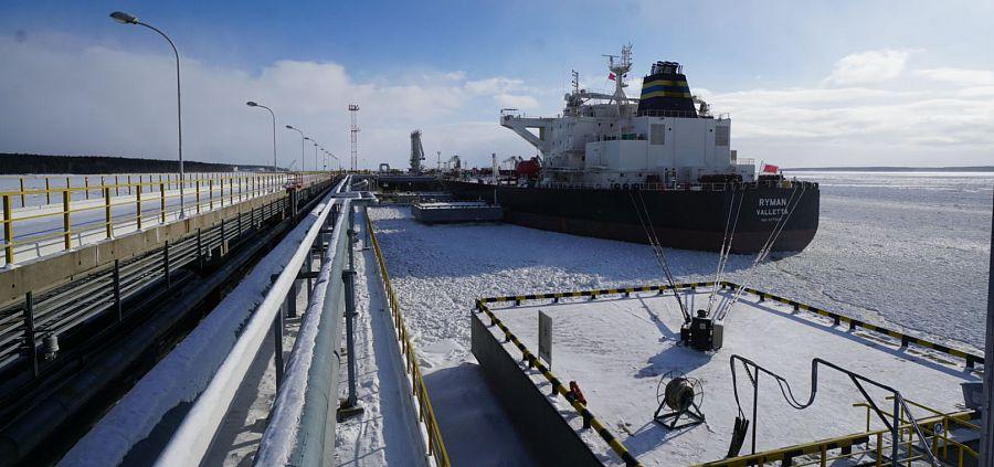 Транснефть отгрузила 1 млрд т. жидких углеводородов на экспорт через порт Приморск