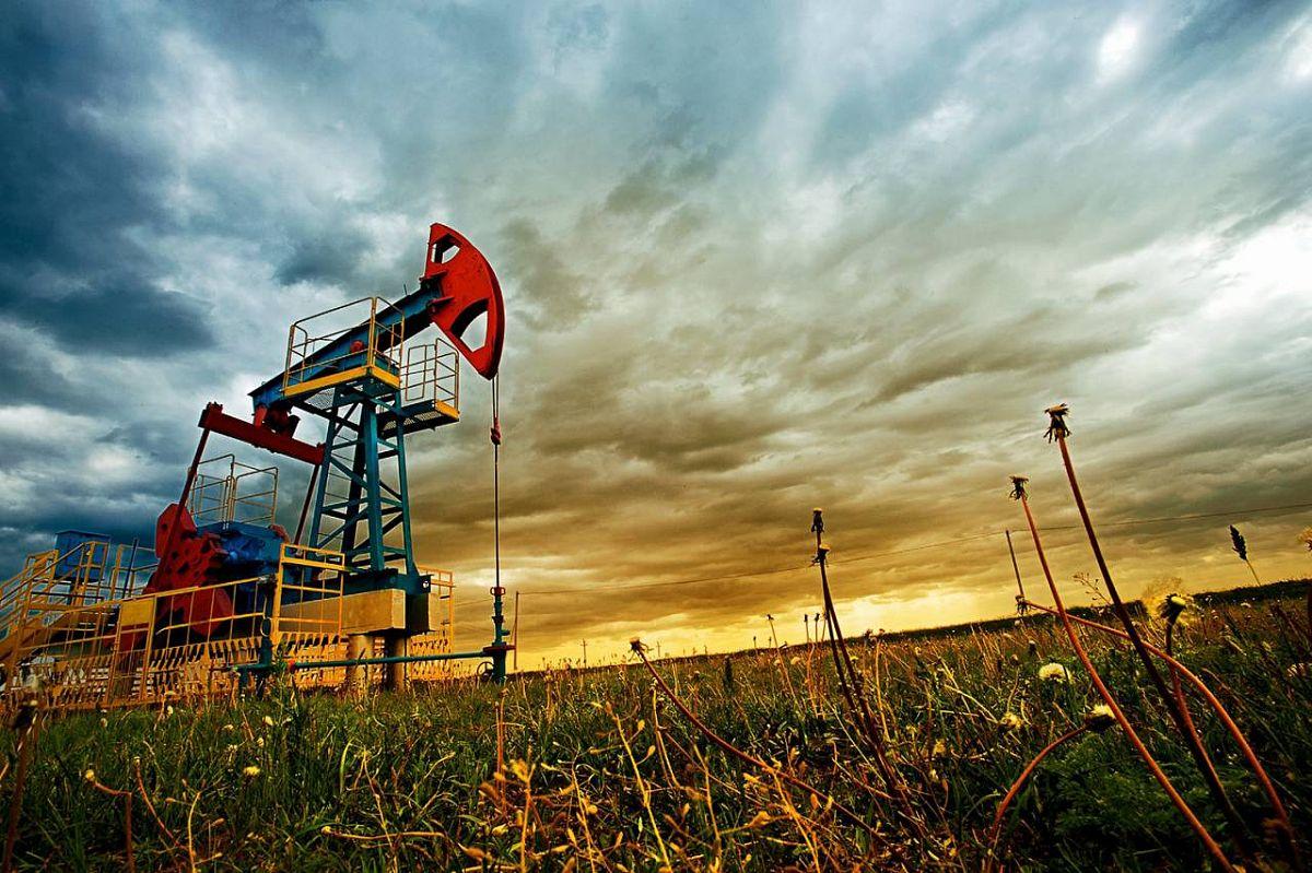 Нефтезапасы: добыча и КИН