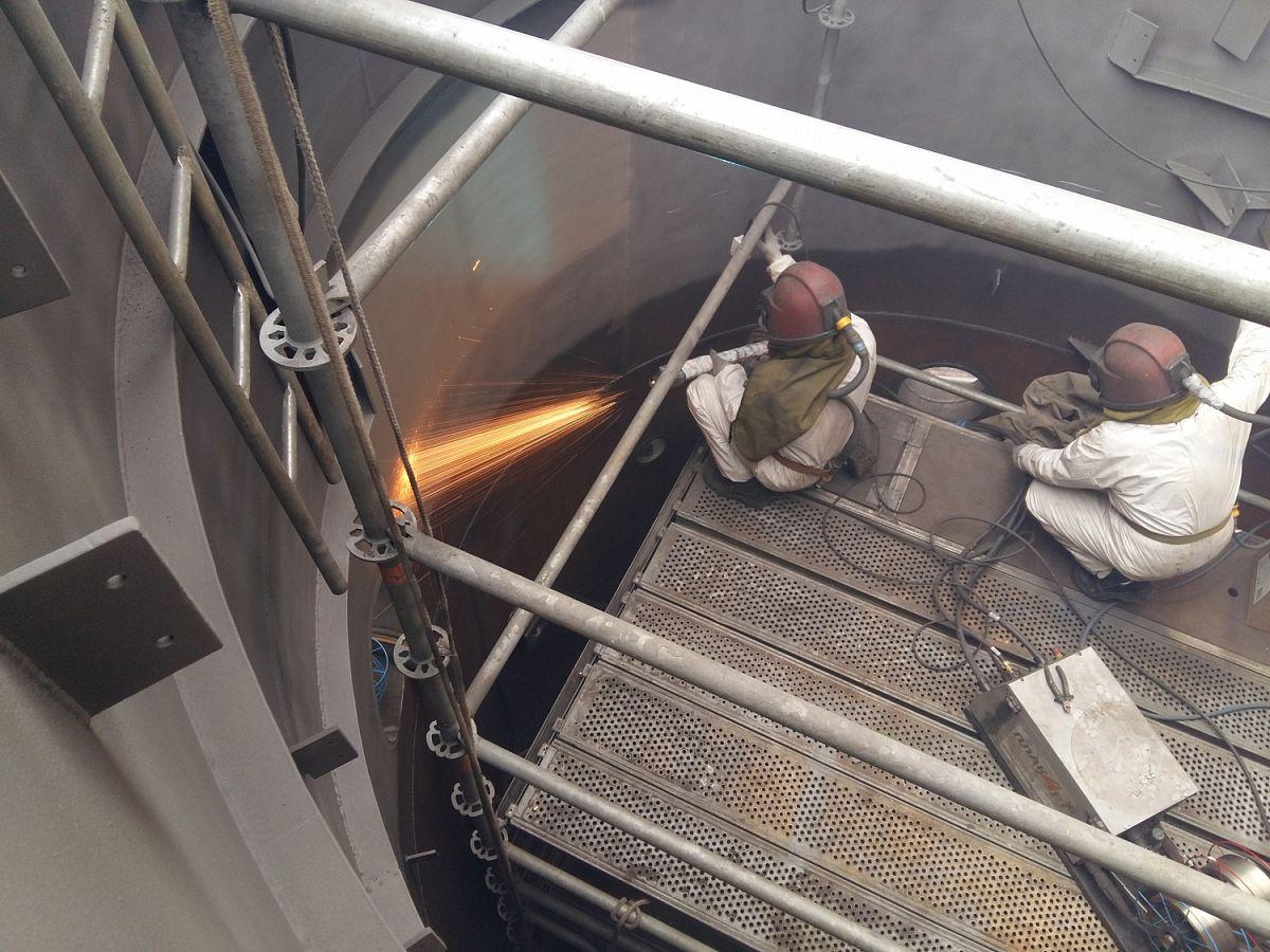 Нефтепереработка в России: основные химико-технологические решения защиты оборудования