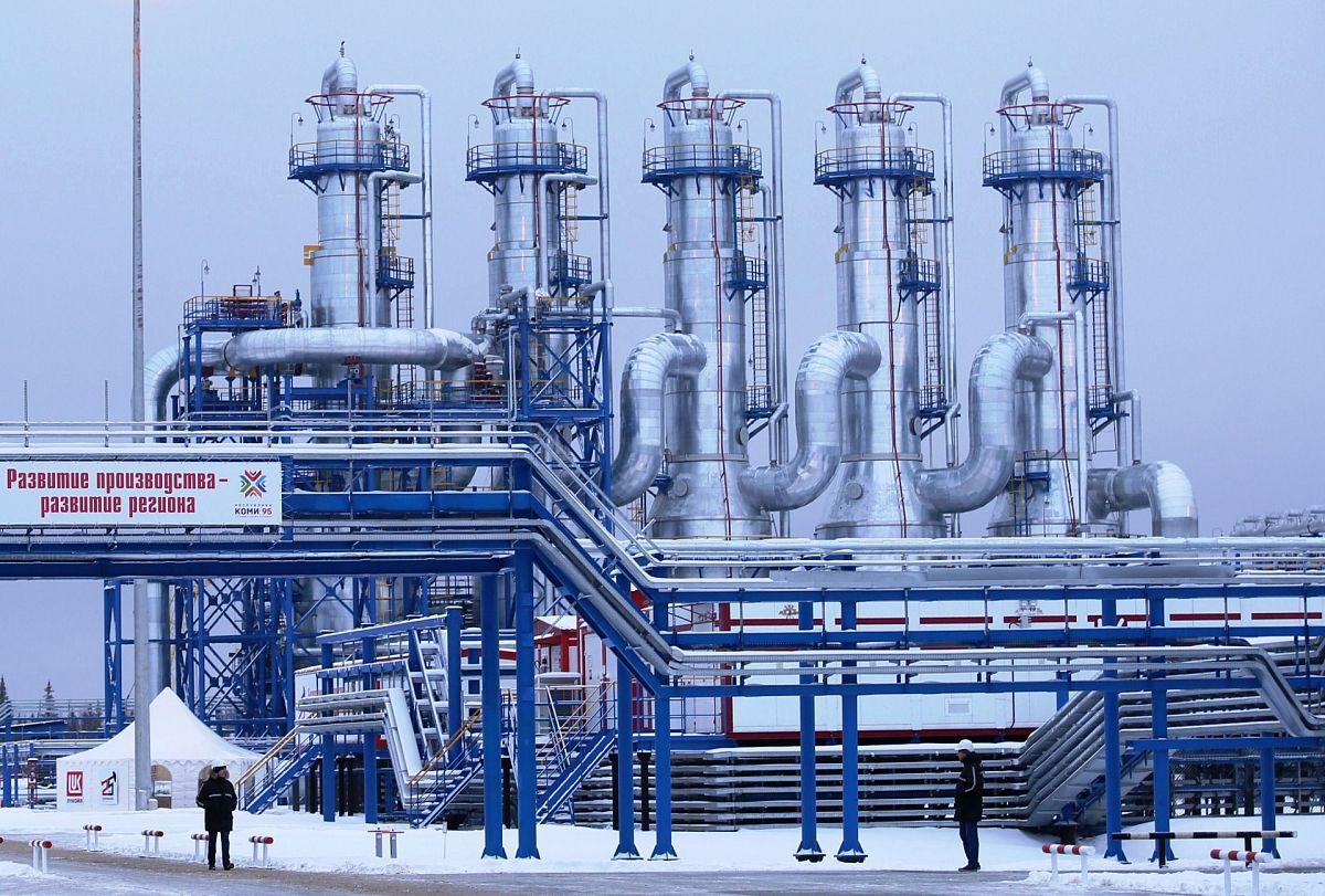 Исследование термодинамических, кинетических и структурных параметров термолиза асфальтенов тяжелой ярегской нефти