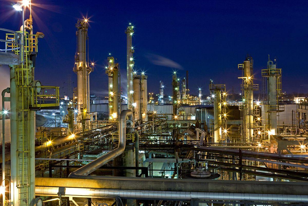 Параллельные миры российской нефтегазохимии