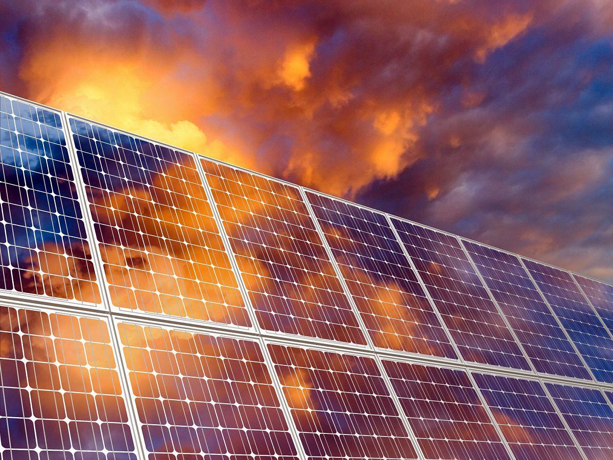 SUMMIT INTERNATIONAL:  Химические дозирующие насосы с питанием от солнечной энергии